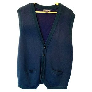 Brooks Brothers merino wool vest with buttons